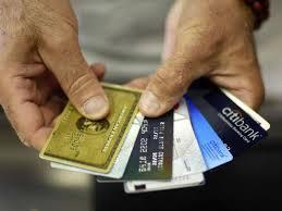 ¿Vivir a crédito ? Hay mejores alternativas para restar beneficios a los tiburones de la banca
