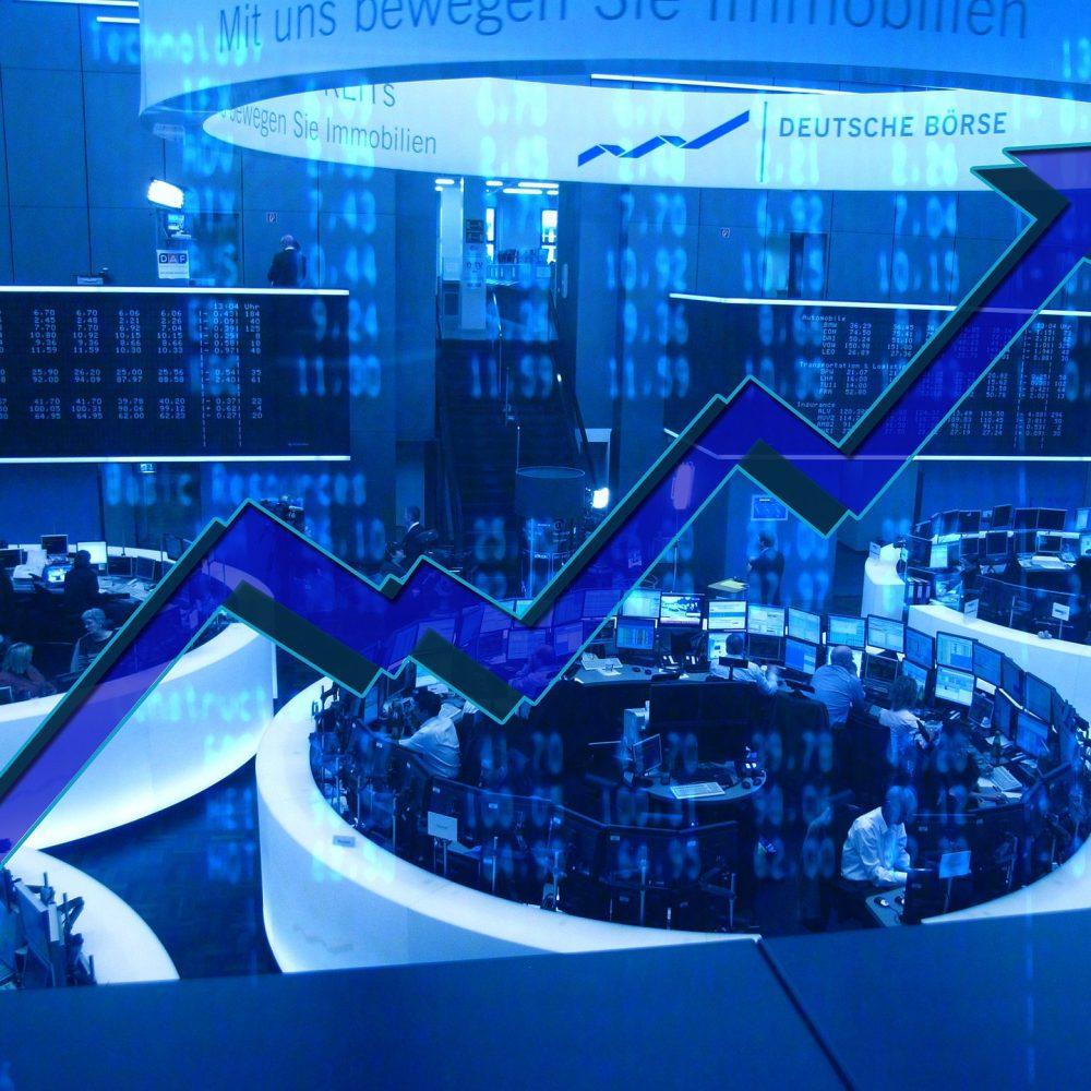 ¿Dónde invertir tu dinero? ¿En acciones y bonos de renta fija? Pierde el miedo con este sencillo manual